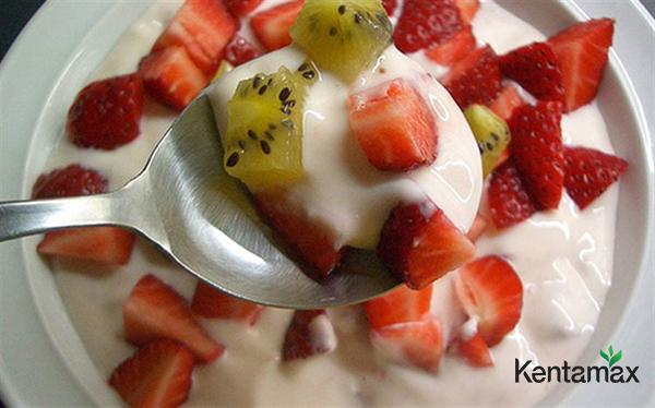 Sữa chua trái cây