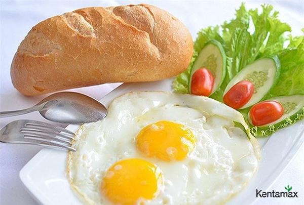 Bữa sáng ăn trước 7h