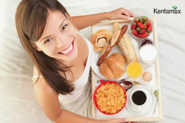 Chia sẻ kinh nghiệm bữa sáng ăn gì để tăng cân