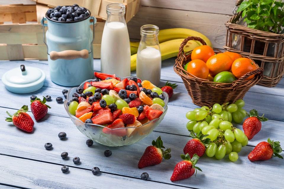Khuyên dùng đủ thực phẩm sau sinh