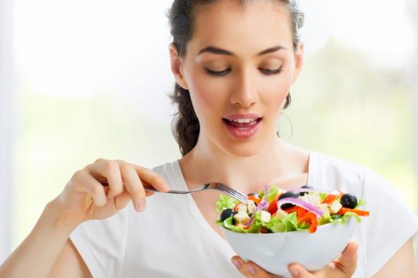 Cung cấp đầy đủ chất dinh dưỡng giúp người gầy tăng cân hiệu quả
