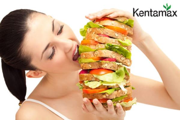 Ăn nhiều là một trong những sai lầm khiến bạn không thể tăng cân
