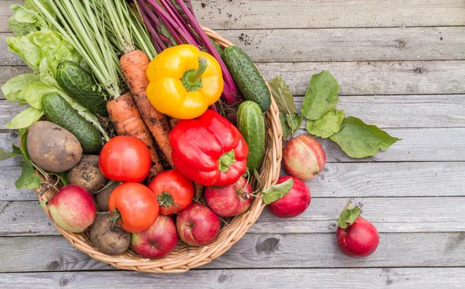 Vitamin và khoáng chất trong rau quả tươi cần cho người tập gym tăng cân
